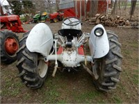 Ford 9N Tractor - Starts & Runs