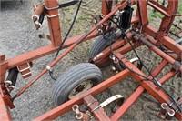 "Chisel Plow, IH 55; 34', 12"" spacing, chisel poin"