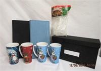4 Christmas coffee mugs, light clips, 2 photo