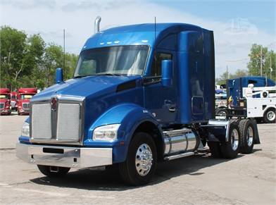 KENWORTH T880 Conventional Trucks W/ Sleeper For Sale By Liberal