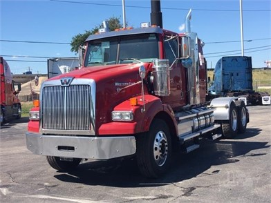 New Trucks For Sale By DOGGETT FREIGHTLINER - San Antonio