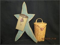 Country wooden star and basket wall pockets