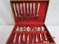 WM. A. Rogers 6 piece 8 place setting plus 2