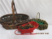 Large wicker basket, small pine cone basket and a