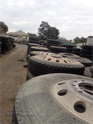 0 UNKNOWN Tyres and Rims - Parts & Accessories for Sale