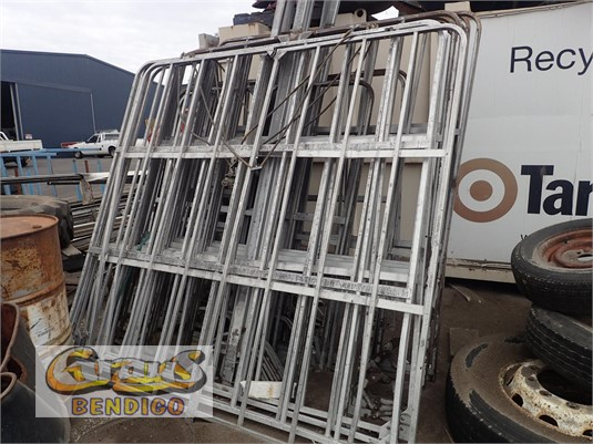 0 Freighter Gates Grays Bendigo - Parts & Accessories for Sale