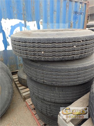 Unknown Tyres and Rims Grays Bendigo - Parts & Accessories for Sale
