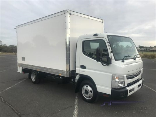 0 Fuso Canter 515 Wide Trucks for Sale