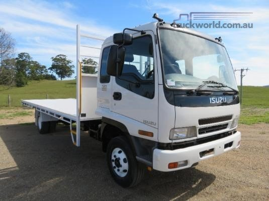 2007 Isuzu FRR550 - Trucks for Sale