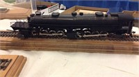 Sale 247 Model Train Auction with House Hold Furnishings