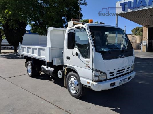 2006 Isuzu NQR 450 - Trucks for Sale