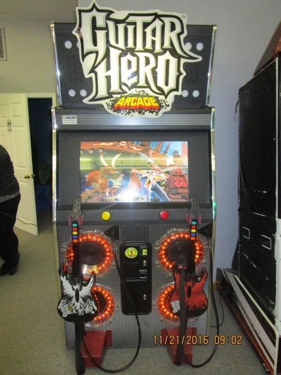 Guitar Hero Arcade Game | Anthony's Auctions