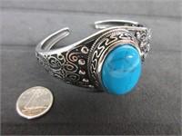 Ladies Turquoise Gemstone Bangle Bracelet