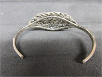 Sterling Silver Ladies Victorian Style Bangle Brac