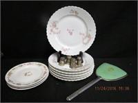 6 tea plates, individual silver salt and pepper