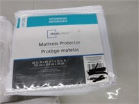 Lot of 3 Mattress Protectors