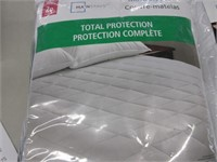 Pair of Protective Mattress Pads- Double and Twin