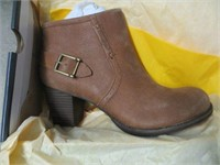 CAT BOOT SUEDE SIZE 10