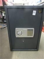 PARAGON LOCK & SAFE (COMBINATION ENTERED,