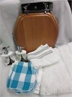 Lot of Bathroom Items
