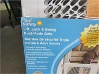 "LIFT, LOCK & SWING DUAL-MODE GATE (28""-42""X26"")"