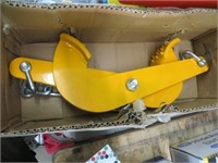 YELLOW CLAMP WITH CHAIN