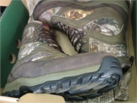 BOOTS DANNER SIZE 10 - CAMOUFLAGE