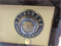 Vintage ATOM Radio