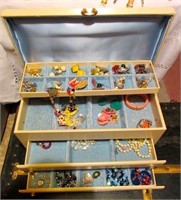 Vintage Ladies Jewelry Box Filled with Various Cos