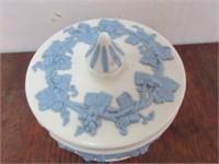Porcelain WEDGEWOOD Lidded Box