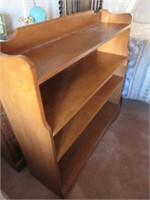 Lovely Maple Bookshelf