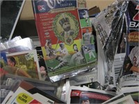 Outstanding Lot of Vintage Sports Cards
