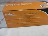 QUARTEE Instant Display Easel