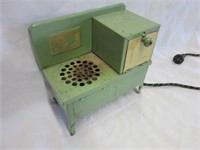 Retro Metal Childrens Toy Electric Stove
