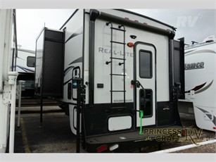 PALOMINO REAL-LITE Truck Campers For Sale - 1 Listings