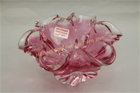 MURANO CRYSTAL CRIMPED TOP CRANBERRY TO CLEAR BOWL