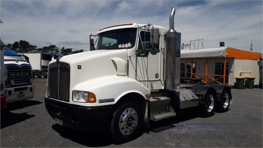 2002 Kenworth T401 Trucks for Sale
