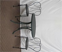 "Cast metal 30"" bistro table and 2 chairs"