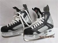 Pair of Easton Bladz size 8 men's skates