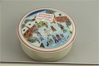 VILLEROY AND BOCH DRESSER JAR AND TRAY