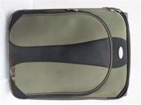 """Samsonite 25"""" extendable roller bag"""