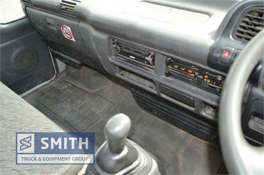 2001 Isuzu NQR 450 Smith Truck & Equipment Group - Trucks for Sale