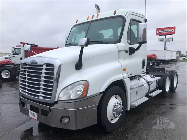 2011 FREIGHTLINER CASCADIA 125 For Sale In New Brighton
