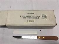 "Dzn New 4.5"" Steak Knives"