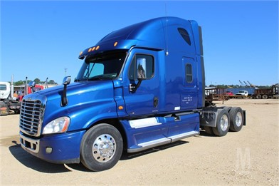 FREIGHTLINER CASCADIA CONDO SLEEPER - AIR SLIDE 5T Other