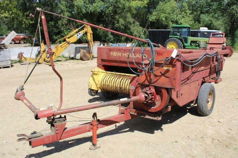 NEW HOLLAND 315 BALER, HAS NEW KNIVES AND PLUNGER,   Smith