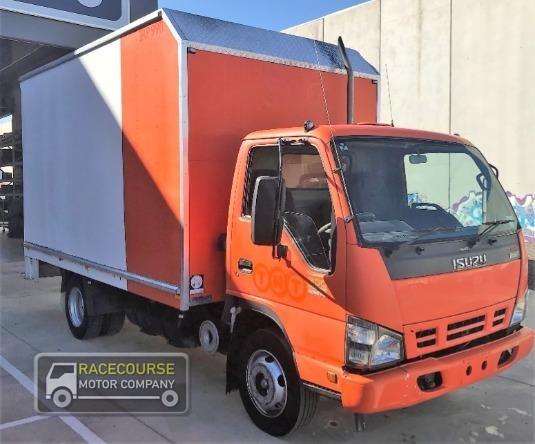 2006 Isuzu NPR 300 Racecourse Motor Company - Trucks for Sale