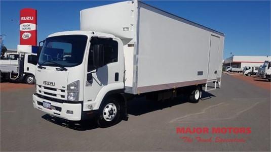 2011 Isuzu FRR 500 Major Motors - Trucks for Sale