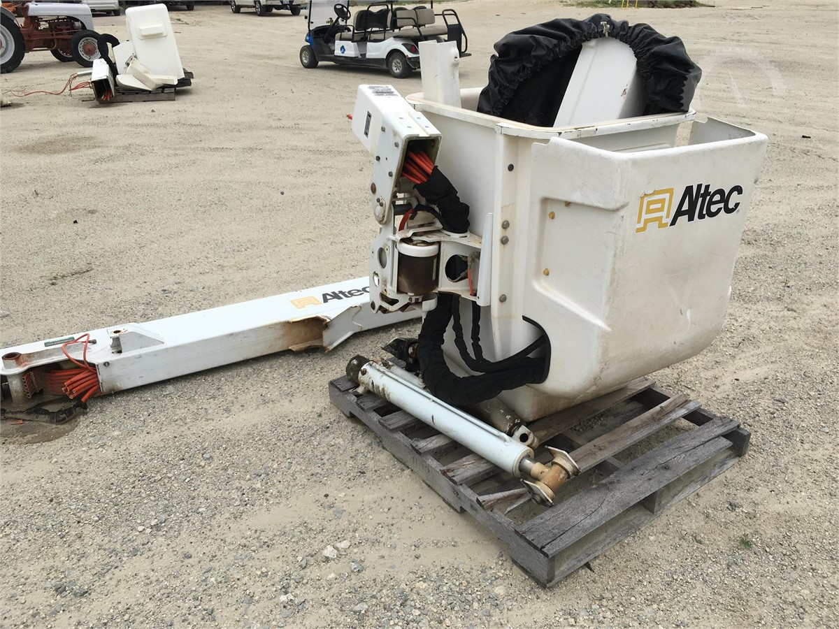 ALTEC MISC BUCKET TRUCK PARTS