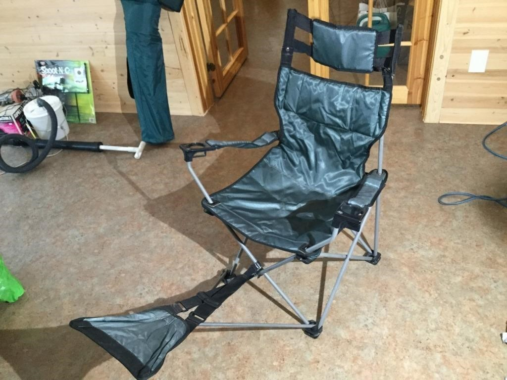 Lot 26 Foldable Lawn Chair W Footrest